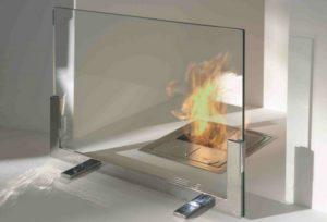 Защитный экран для камина из огнеупорного стекла